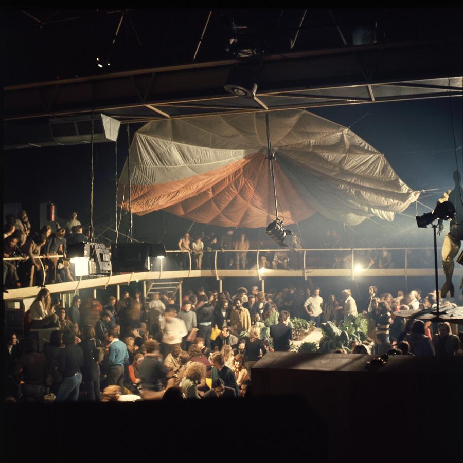 Night Fever Disco Vitra
