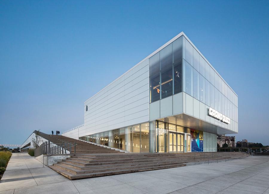 Grand Quai renovation montreal Provencher Roy