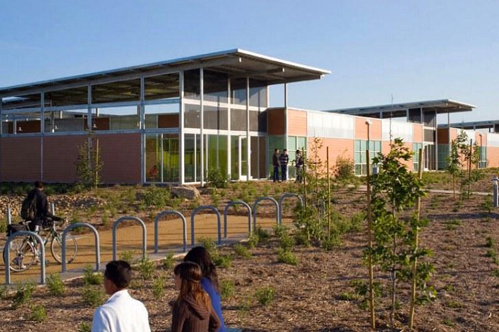 2011-COTE-Top-Ten-Green_High-Tech-High-Chula-Vista