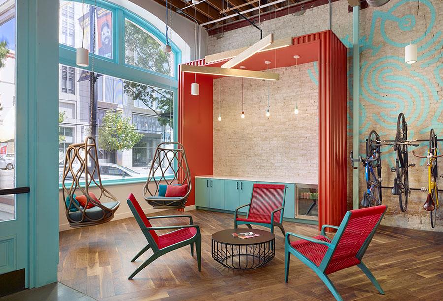 Spreetail Lounge             