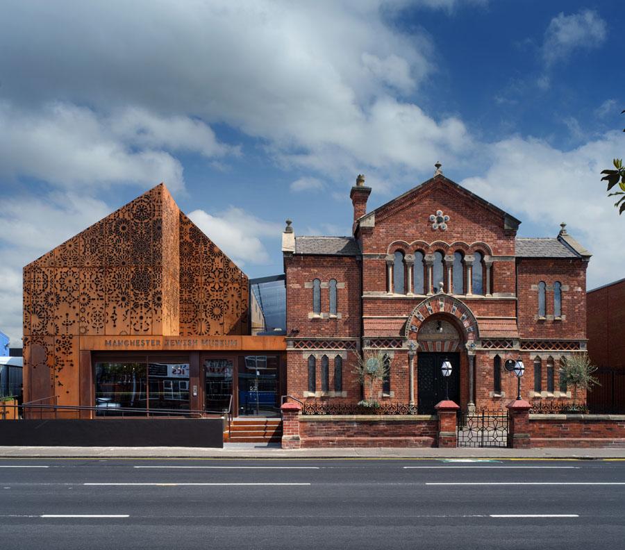 01 Philip Vile Manchester Jewish Museum Exterior Day 2021