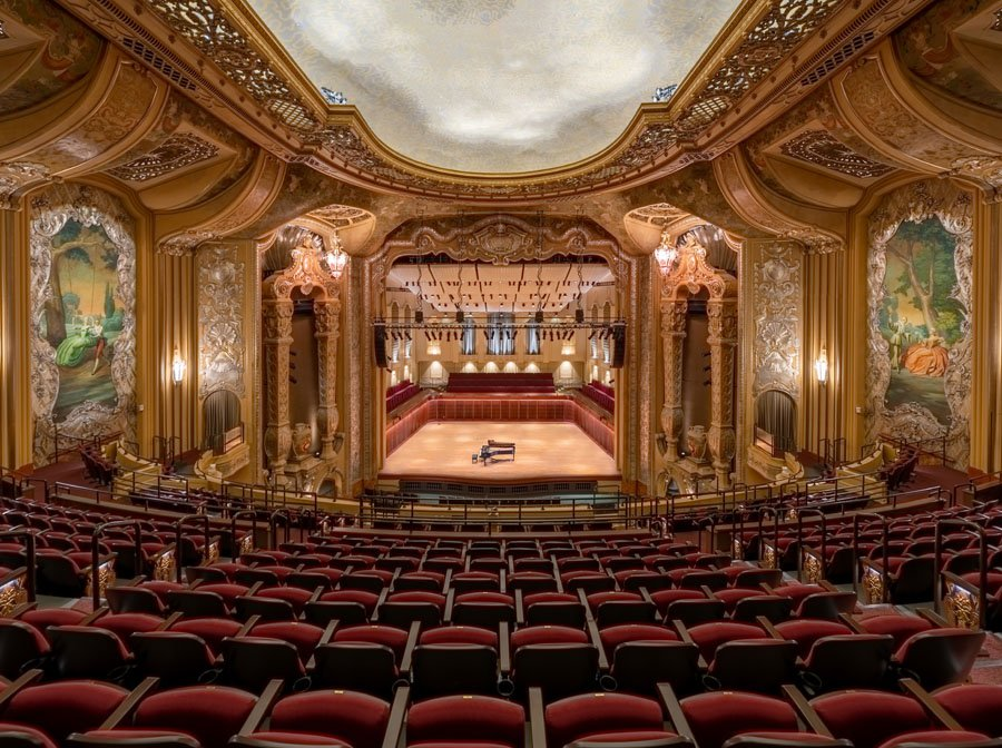 A newly restored Art Deco theatre in Milwaukee